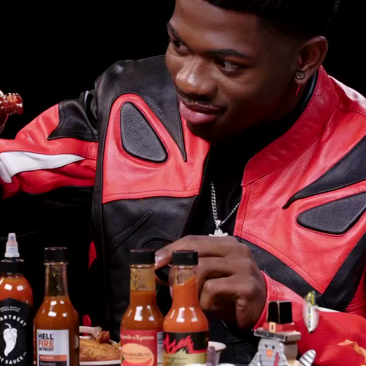 Rate @lilnasx's #HotOnes performance from a 1-5, 5 being the best 🔥