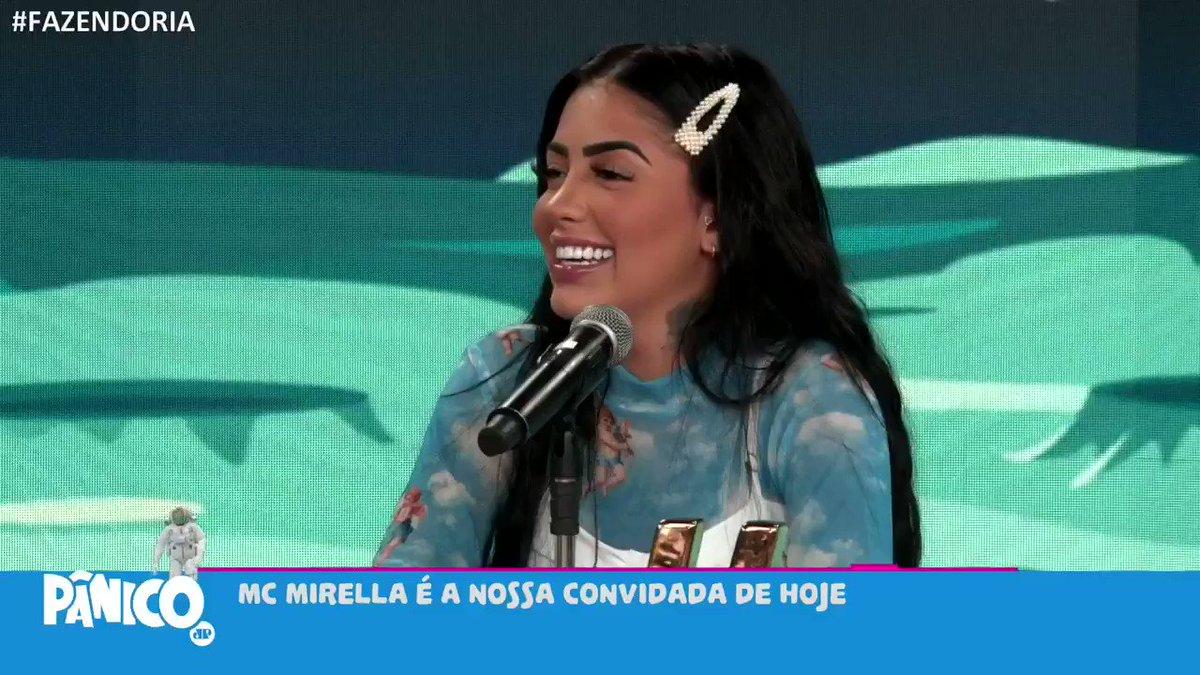 MC Mirella participou do Pânico  MC Mirella, ex-integrante do programa A Fazendo, esteve nô Pânico desta quarta-feira (2) e contou para quem vai sua torcida no reality show.  #programapanico
