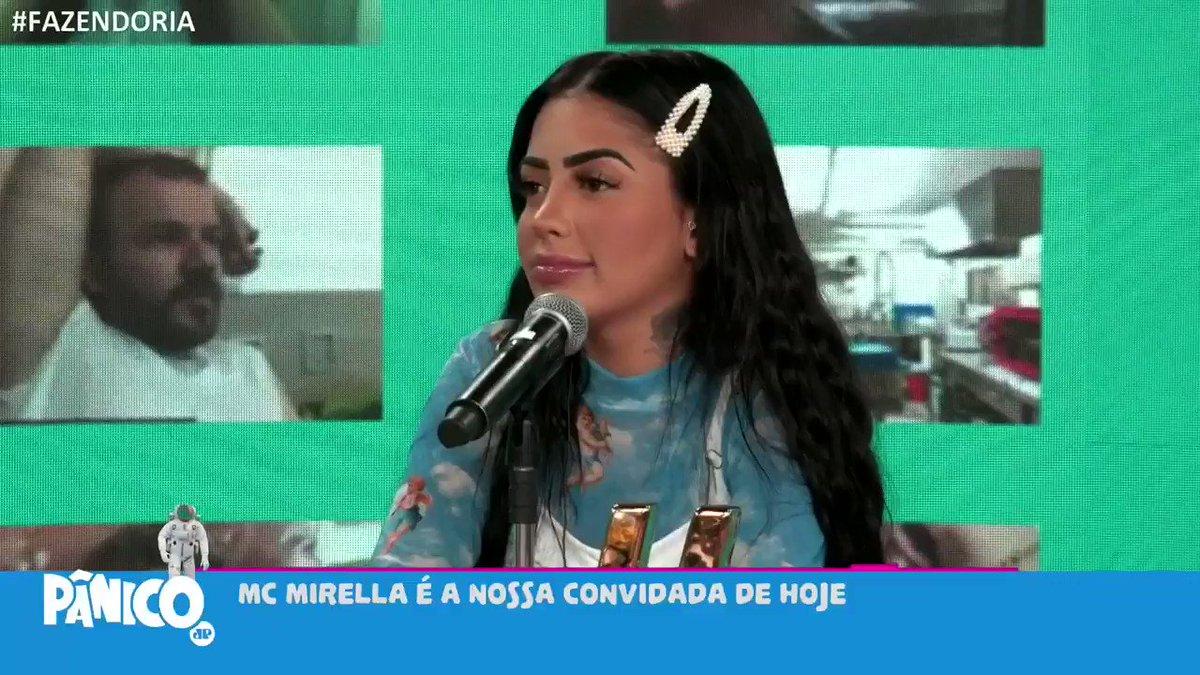 Mirella e Dinho Alves voltaram?   MC Mirella esteve no Pânico desta quarta-feira (2) e comentou como está sua relação com o funkeiro Dinho Alves.