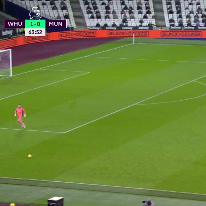 Manchester United zet een knappe comeback neer tegen West Ham United: 1-3 💪  Pogba gaf het goede voorbeeld met zijn heerlijke goal 👀  #ZiggoSport #PremierLeague #WHUMUN