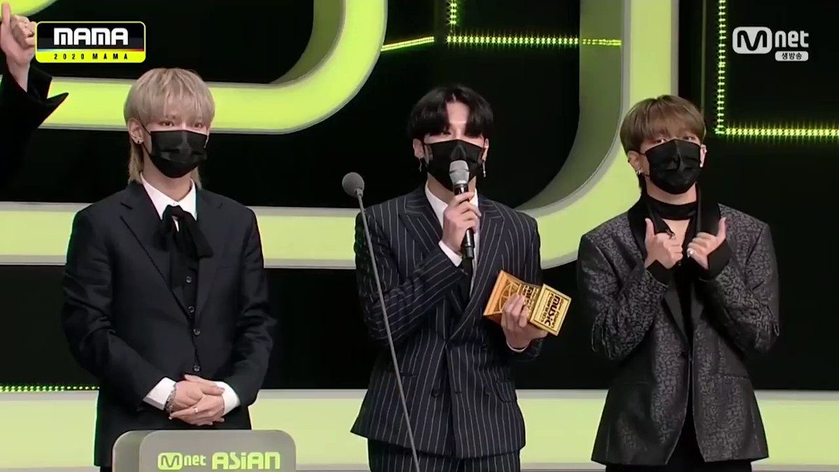[#2020MAMA_Moment] WORLDWIDE FANS' CHOICE #ateez   You made it! Honorable winner of the night!🏆   #2020MAMA #MAMA #Mnet
