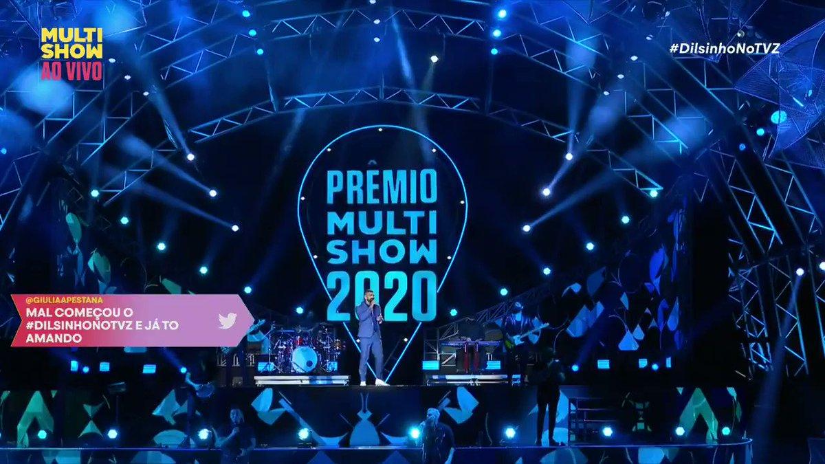 Apresentação incrível? Temos!  ✅  é o @dilsinhooficial arrasando no #PrêmioMultishow desse ano ⚡  Poxa, nenhum defeito! #DilsinhoNoTVZ