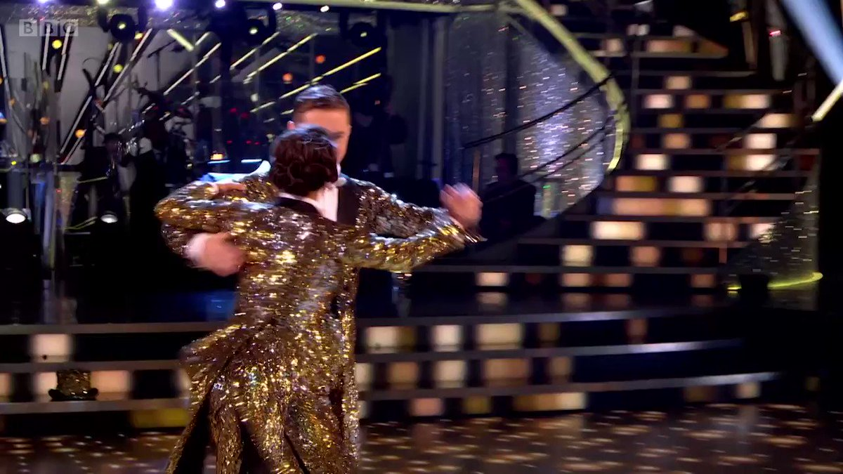 Nothing short of sensational once again. HRVY and Janette really are a dazzling dancing duo. ✨ #StrictlyFinal  @HRVY @JManrara