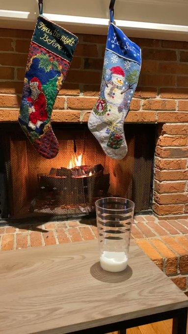 Don't forget the milk and cookies for Santa @INDairy | #WinnersDrinkMilk https://t.co/0t9eRFDJNN