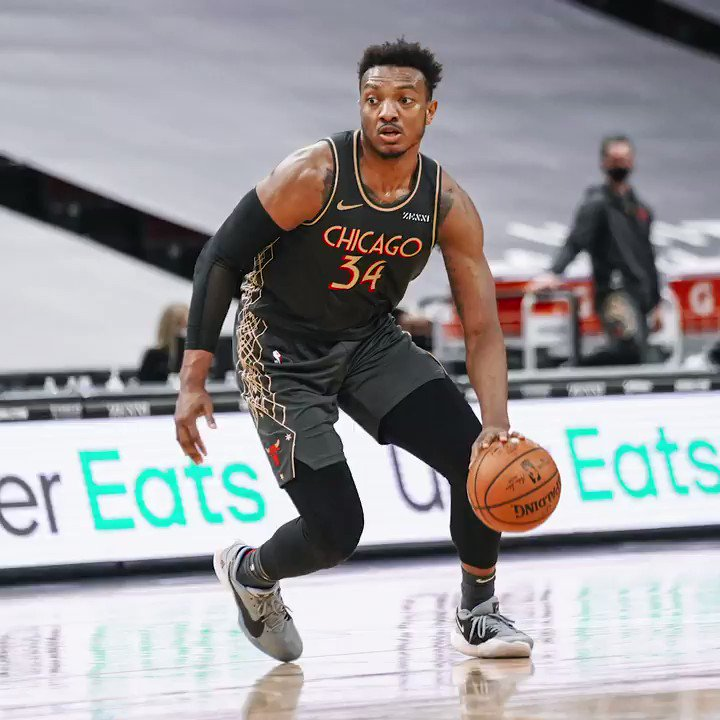 Replying to @chicagobulls: Wendell Carter Jr. found his rhythm last night.  22 pts   8-9 FG   13 rebs   4 asts