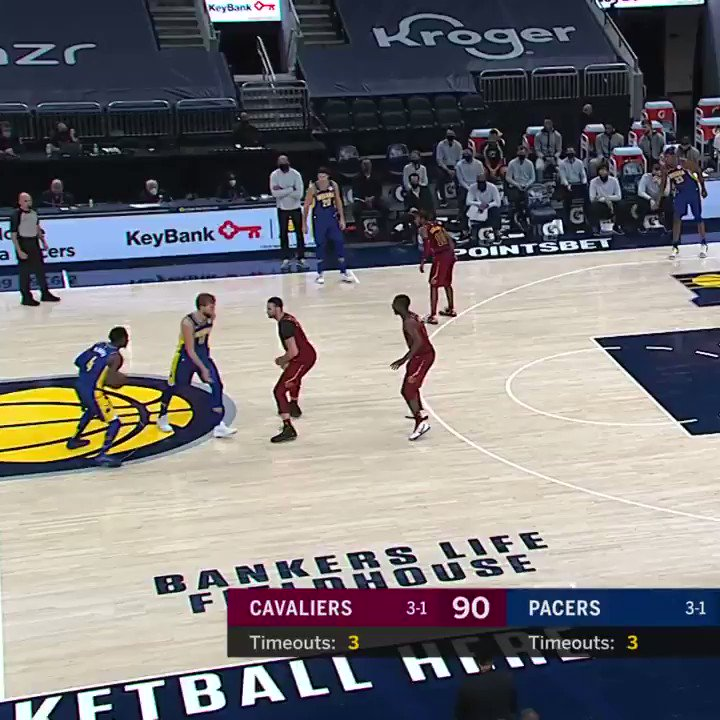 .@VicOladipo is on 🔥 from distance https://t.co/vtd3jYHaFQ