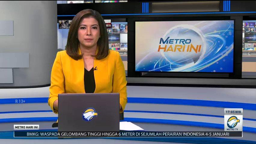 Akibat terjadi percikan api di salah satu motor saat mengisi bahan bakar, SPBU di Ciseeng, Bogor, Jawa Barat terbakar. Tidak ada korban jiwa dalam peristiwa tersebut, namun kerugian ditaksir mencapai ratusan juta rupiah. #MetroHariIni