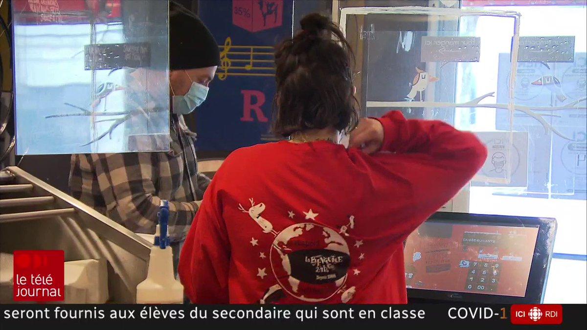 Québec impose un couvre-feu devant l'explosion des cas de COVID-19 : des nouvelles mesures accueillies assez froidement.  Reportage de @ValerieMBain au #TJ22h  #COVID19 #Québec