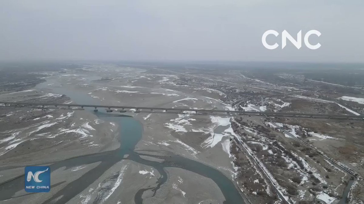 The 1,289-km-long Yarkant River is located in northwest China's Xinjiang Uygur Autonomous Region. After a bout of heavy snow, the river shimmers in its winter glory. #ChinaFromAbove
