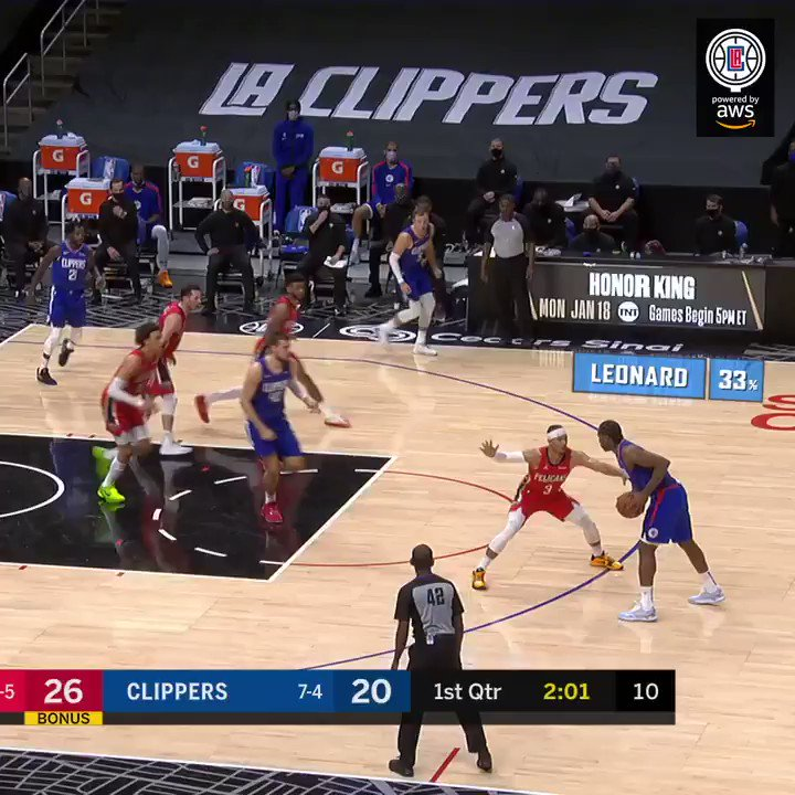 .@kawhileonard put his playmaking skills on display with nine assists vs. New Orleans.  📼 Clippers CourtVision pres. by @awscloud https://t.co/HVPxNHpOQU