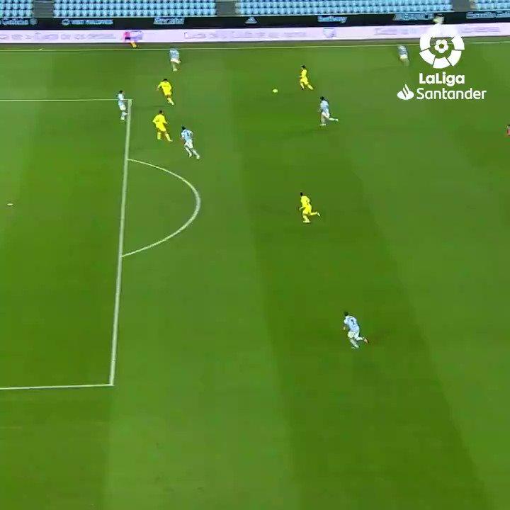Moi Gomez cetak gol perdananya musim ini di laga #CeltaVillarreal! 💥💛  #LaLigaSantander  #BackOfTheNet #YouHaveToLiveIt