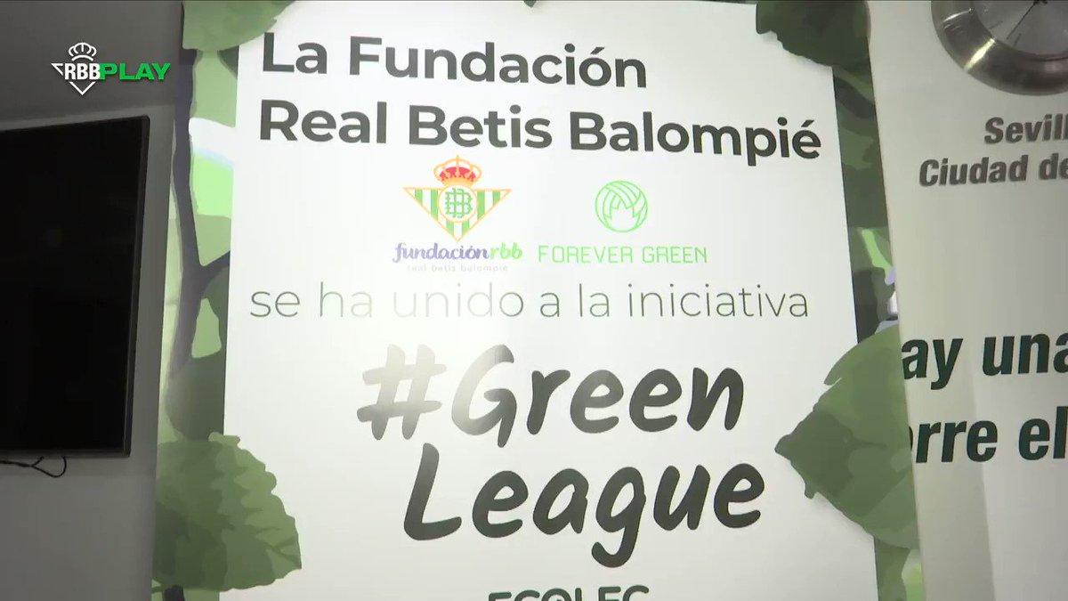¡Se va acabando la campaña #GreenLeague20 y una vez más el @RealBetis se ha volcado! ♻🌍  ¡Anímate y recicla tus residuos electrónicos! 💻📱🔌 ¡Pincha en el enlace y encuentra los puntos de reciclaje más cercanos! 😀👇  ➡   #ForeverGreen