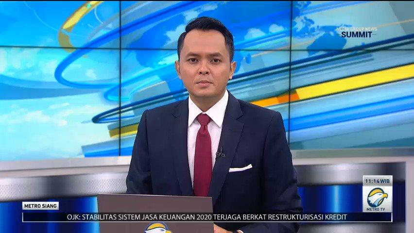 Tim gabungan kembali menyisir puing reruntuhan bangunan di Rumah Sakit Mitra Manakarra, Mamuju, Sulawesi Barat. Tim SAR menduga masih ada korban gempa yang terjebak reruntuhan bangunan. Pada penyisiran kali ini, tim melibatkan enam anjing pelacak K9. #MetroSiang