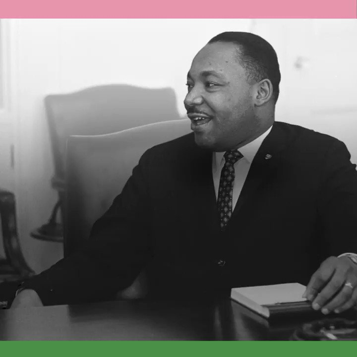 What major international award was Dr. Martin Luther King, Jr. awarded for his civil rights work? #MLKDay https://t.co/czKOhlMqYD