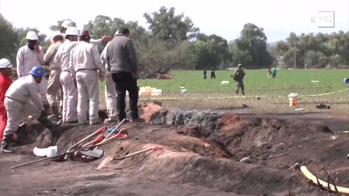 Todo el país recuerda lo ocurrido un día como hoy, pero de hace 2 años. Tlahuelilpan, Hidalgo, el escenario de la tragedia, una explosión en una toma clandestina de combustible que cobró la vida de 137 personas.   Más en