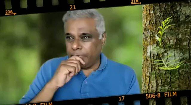 """""""13-14 saal tak Hindi mein mujhe kaam nahi mil raha tha. Main phone karta tha lekin jaise maine bataya kayi log phone nahi utha rahe the, kuch log phone utha rahe the aur keh rahe the ke..."""": @AshishVid   #TalkingFilms #BollywoodHungama YT:"""
