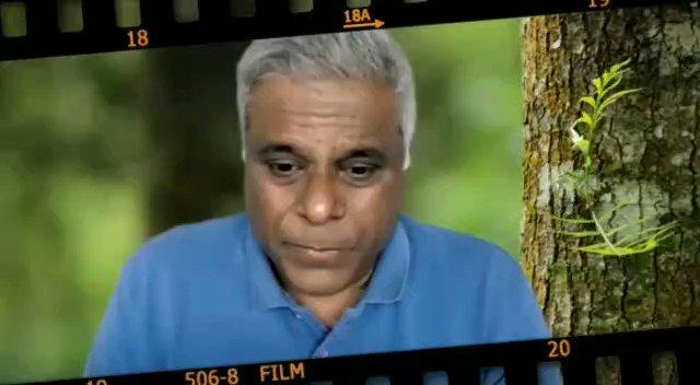 """""""Jis tarah ke roles main yahan (Bollywood) pe kar raha tha mere jeene ke liye bohot zaruri tha lekin mujhe bohot chubh rahe the wo role. Mujhe yaad hai ek baar maine..."""": @AshishVid   #TalkingFilms #BollywoodHungama YT:"""