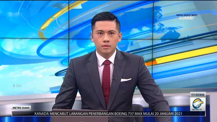 RS terapung KRI dr Soeharso telah merapat di dermaha Lantamal VI Mamuju, Sulawesi Barat pada Senin (18/1/2021). KRI dr Soeharso akan membantu proses penanggulangan bencana gempa Mamuju dan Majene khususnya dalam bidang evakuasi dan perawatan medis bagi korban bencana. #MetroSiang