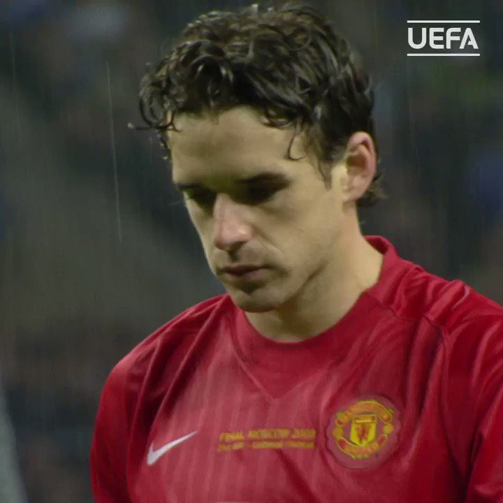 🥳 Happy birthday, two-time winner Owen Hargreaves!  Which years has he lifted the 🏆❓   #UCL | #HBD