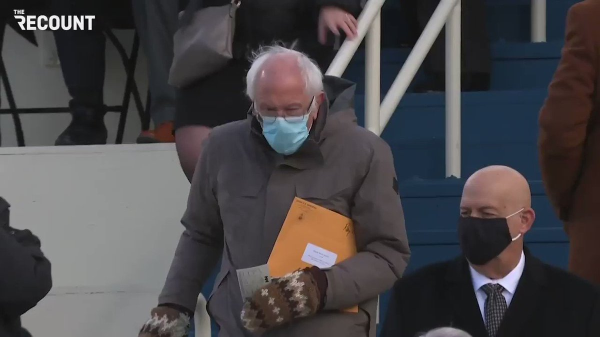Replying to @therecount: Sen. Bernie Sanders (I-VT) arrives at inauguration wearing mittens.  #InaugurationDay