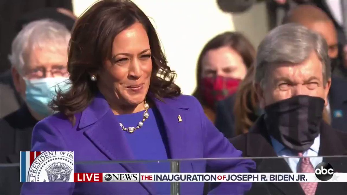 Kamala Harris is officially the first woman, African American and Southeast Asian to hold the office of the Vice President of the United States of America. (Via @ABC)