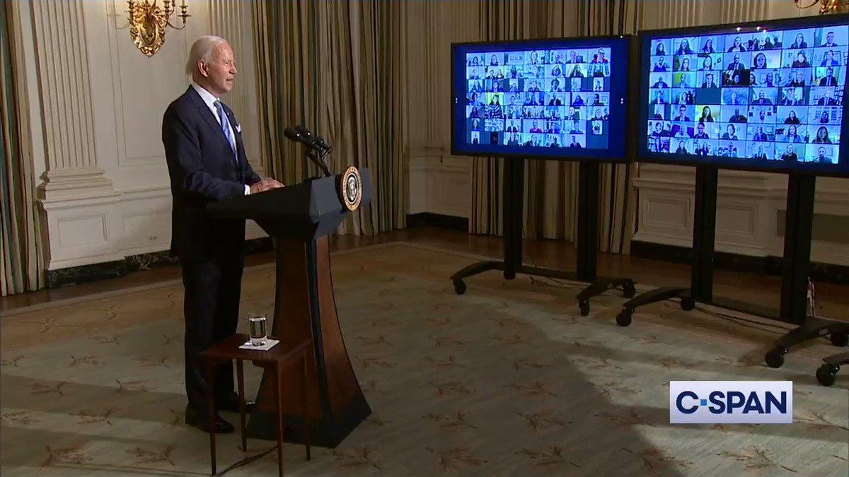 Replying to @America_seiji: スタッフに向けて、バイデン大統領は「もし、同僚を見下げるような発言があったら、すぐにクビにします。全ての人は敬意をもって扱われるべきです」と言いました