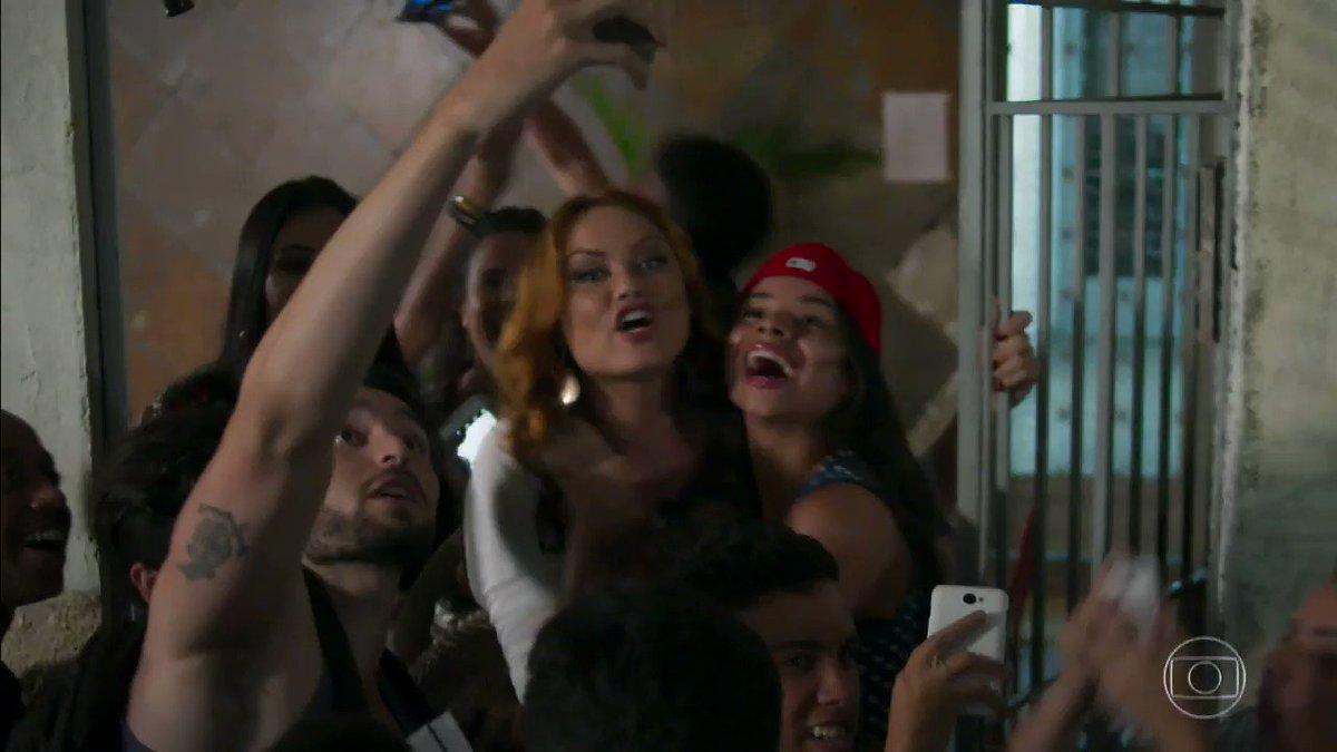 Leonora tá adorando! #HajaCoração