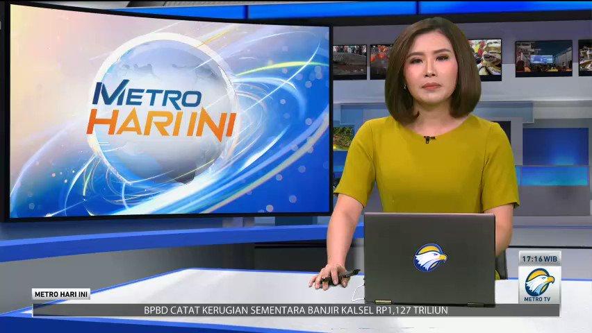 Penangkapan buron pelaku pencurian dengan kekerasan (Curas) dari Semarang viral di media sosial. Nampak Polisi berpakaian preman meringkus pelaku dari dalam mobil saat berada di jalan. Polisi juga menemukan sepucuk senjata api dari tas pelaku. #MetroHariIni