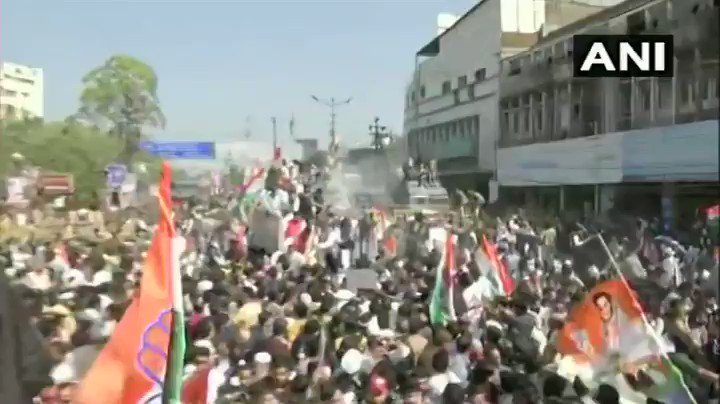 #WATCH Madhya Pradesh: Police use water cannons to disperse Congress workers who were taking out a march from Jawahar Chowk to Raj Bhavan in Bhopal, in the support of farmers.