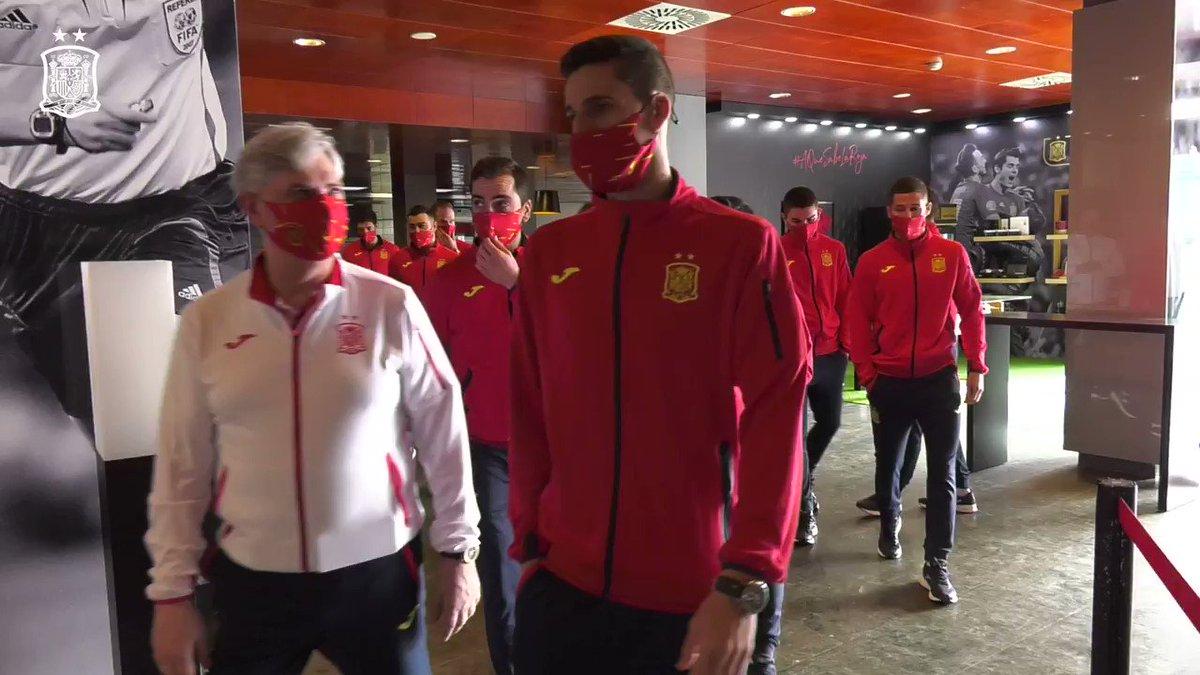🙌🏻 ¡Arranca la concentración de nuestra @SeFutbol Sala!   ⚽ El equipo de Fede Vidal ya está en la Ciudad del Fútbol para preparar los próximos encuentros de la Fase de Clasificación al Europeo.  🆚 Suiza | 29/01 | ✈️  🆚 Eslovenia | 02/02 | 🏡  ¡Vamos, equipo! 💪