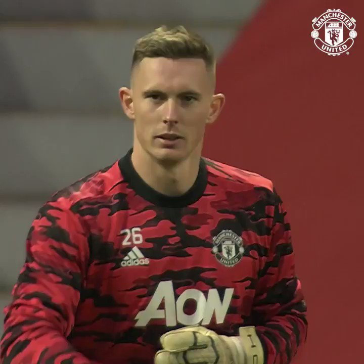 Ready for this one, @DeanHenderson? 👍  💻  🔴 #MUFC 🏆 #FACup