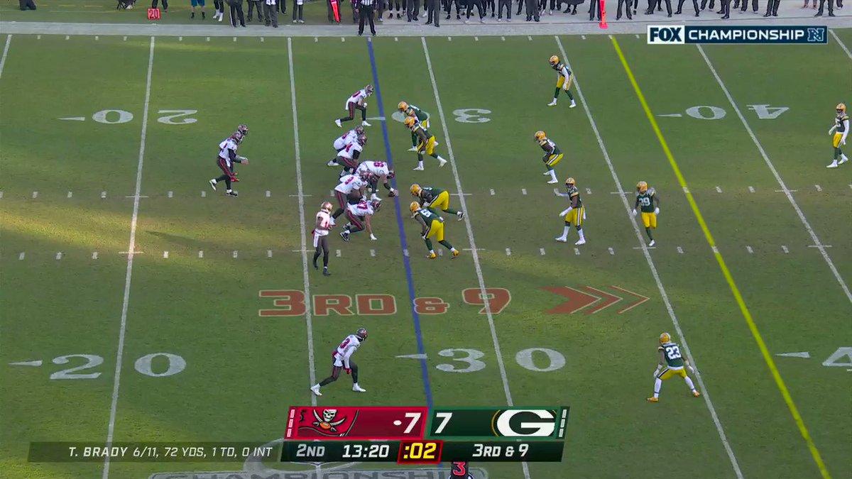 A Brady 💣 for 53 yards to Godwin #TBvsGB #GoBucs #NFL