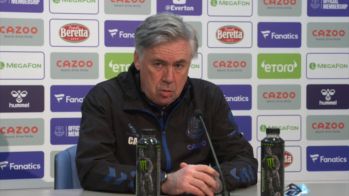 🔙 | Carlo says @LucasDigne and @alexiwobi are back available for #EVELEI.  Watch live: