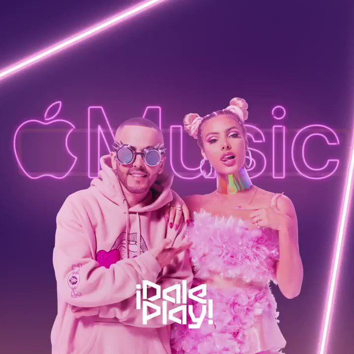 Listen to #BubbleGum from @lelepons x @yandeloficial on #DalePlay. 🍬