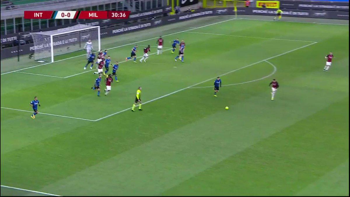 Zlatan does love a Derby goal, doesn't he?  #Legend