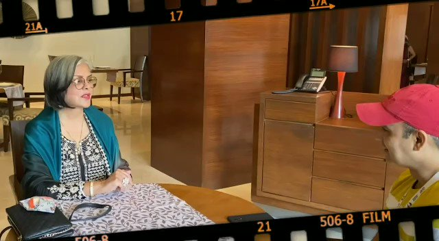 """""""Lots of my directors were actors so they brought that something little extra"""": #ZeenatAman   #IFFI51 @iffigoa #TalkingFilms #BollywoodHungama YT:"""