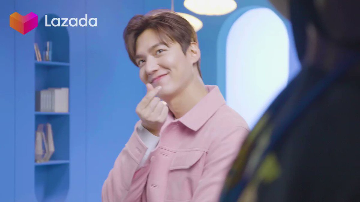 Love, love love... all you need is love today 💟 Our king @actorleeminho would like to wish all you boys and girls a Happy Valentine's Day, and may your VDay be filled with sugar, spice and everything nice 💘   #LazadaxLMH  #LazadaAdaLove #HappyValentinesDay https://t.co/Zb6bK1oTN1