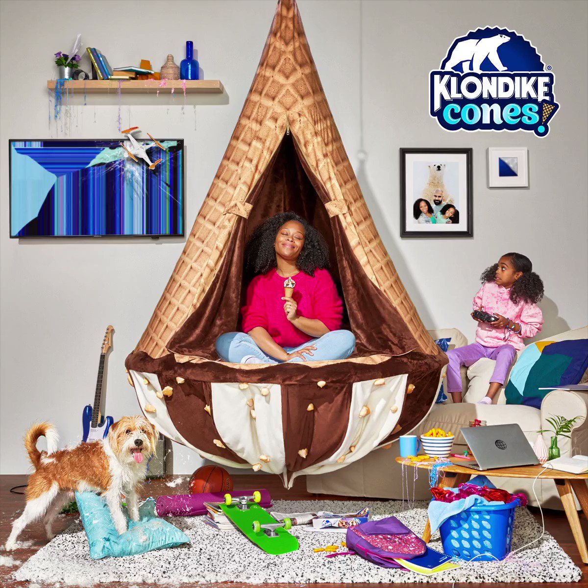 What would you do for a chance to win NEW Klondike Cones & your VERY OWN #KlondikeConeZone chair?😱  RT to enter & get reminded to see if you won on 3/11! #IWouldDoANYTHINGForAKlondikeConeZoneSweepstakes  No Purch Nec 50 US/DC 18+ Ends 1159PM ET 3/8 Rules: