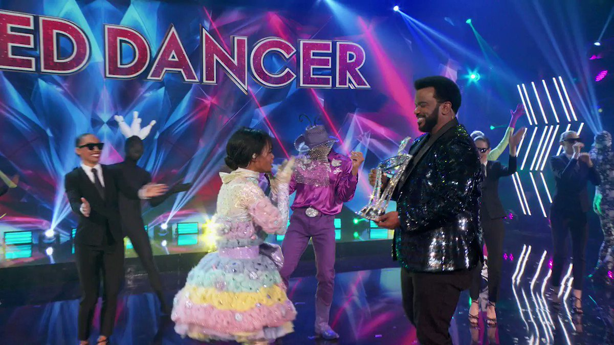 Let's give it up one more time for #CottonCandyMask!  Thanks for joining in on the fun for the first season of #TheMaskedDancer.
