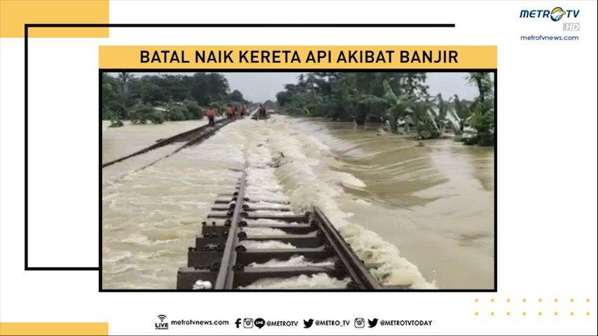 PT. Kereta Api Indonesia memutuskan membatalkan sejumlah keberangkatan perjalanan kereta api jarak jauh akibat rel kereta api di ruas stasiun Kedunggedeh-Lemah Abang KM 55+100 hingga KM 53+600 terendam banjir akibat tanggul Sungai Citarum jebol.  #MetroSiang #KnowledgetoElevate