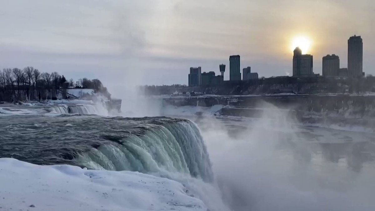 WATCH: A rainbow brightens the skies over an ice-covered Niagara Falls https://t.co/bgdAl7QDHz