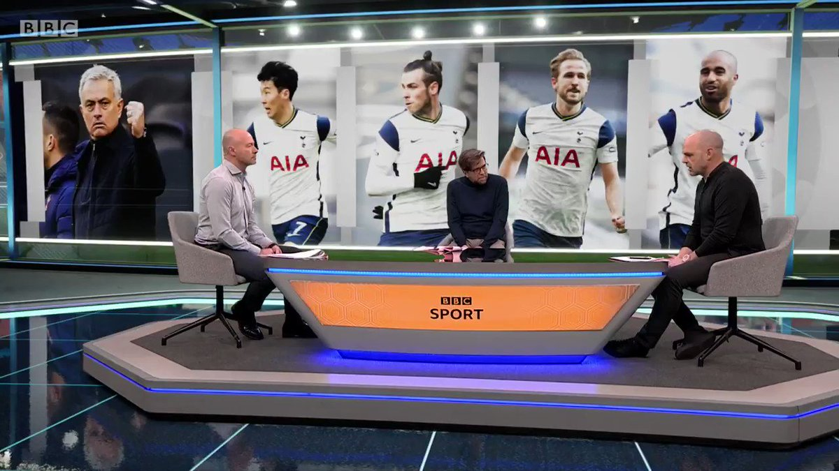 He HAS to stay in the team. @alanshearer and Danny Murphy have their say on Gareth Bale... Watch #MOTD2 on @BBCOne and @BBCiPlayer: bbc.in/3ktBlCU