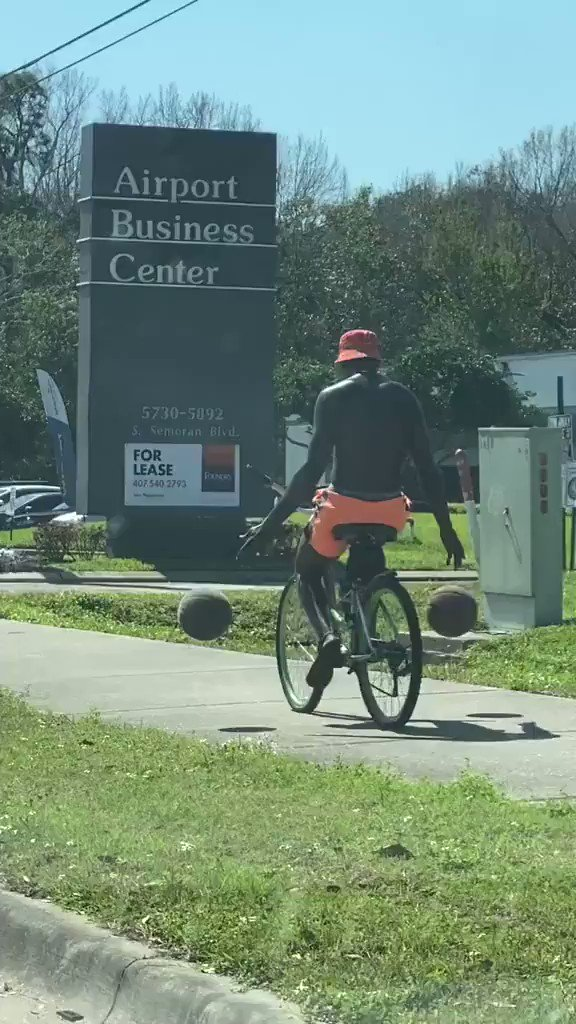 Wow something you don't see everyday 🏀 🚲