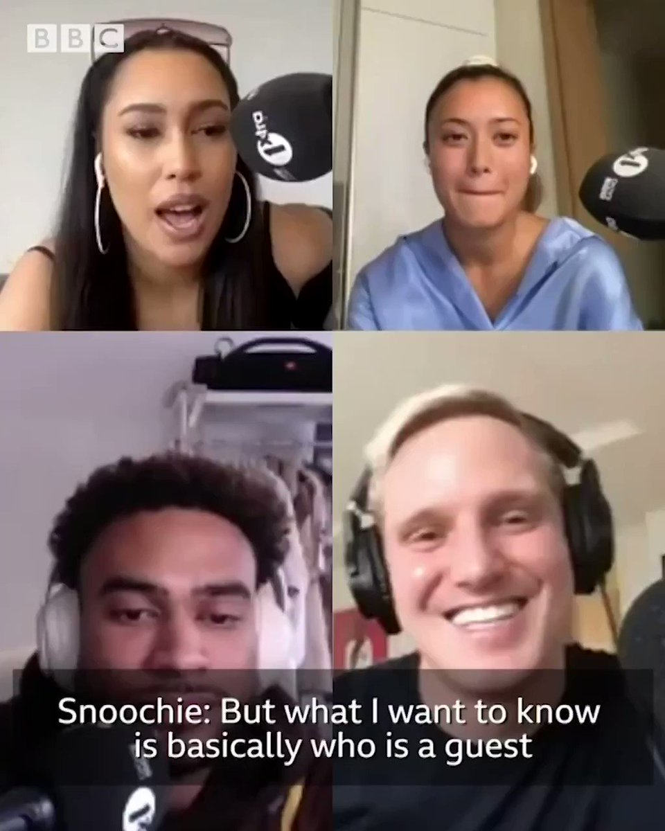 If you could phone anyone in the world, who would you choose and why? 🤔📱  Slide Into My Podcast and 6 Degrees collide as @jamielaing tells @snoochieshy, Kaz and Jordan who his dream guest for his own podcast is...