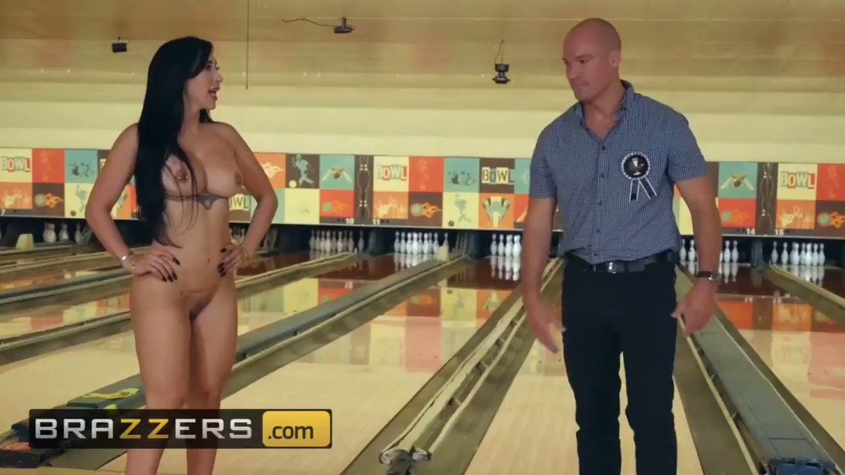Sarışın escort beyaz tenli kadını nasılda sikiyor şanslı adam