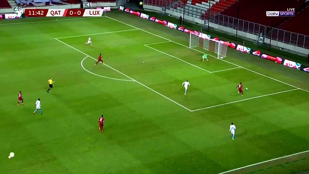 الهدف الأول لمنتخبنا الوطني في مرمى لوكسمبورغ عن طريق اللاعب محمد مونتاري.