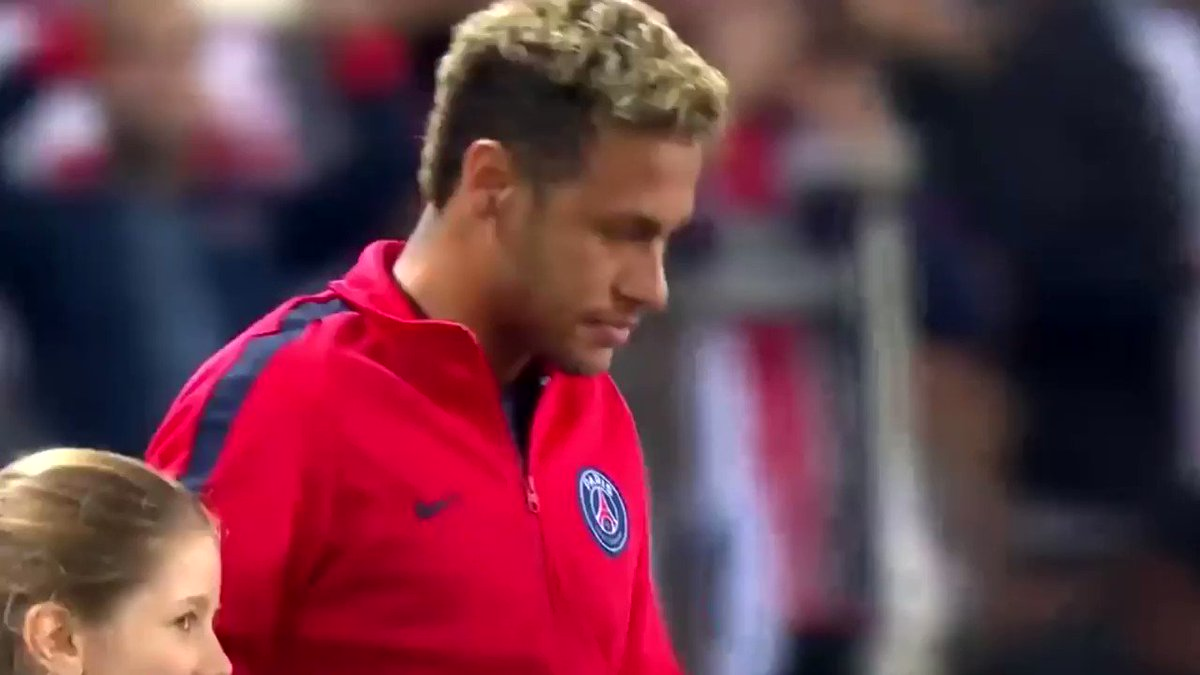 Neymar vs Bayern Munich • 2017 https://t.co/fnHOr44cQH