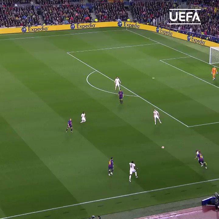 🔵🔴 Messi magic #OTD in 2019 quarter-finals ⚽️  @FCBarcelona | #UCL https://t.co/3gLHoEfL89