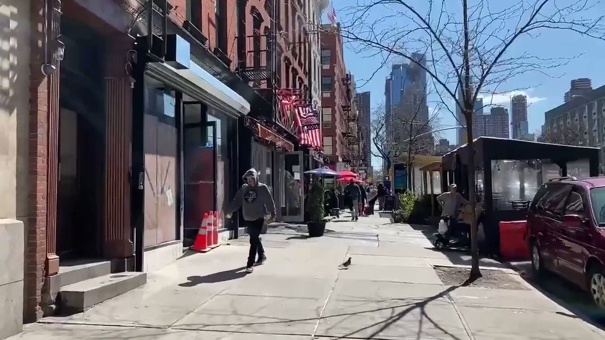 Spaziergang auf der 10th Avenue in Hell's Kitchen! #NYC