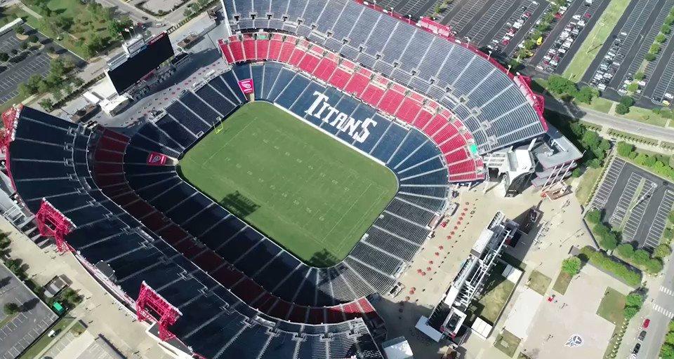 @UW_Football's photo on Titans